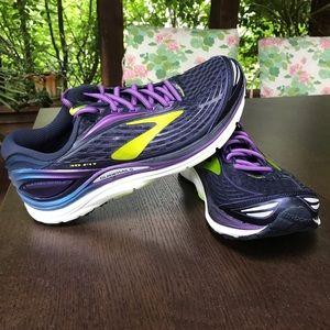 Women's Brooks Transcend 4 Running Shoe